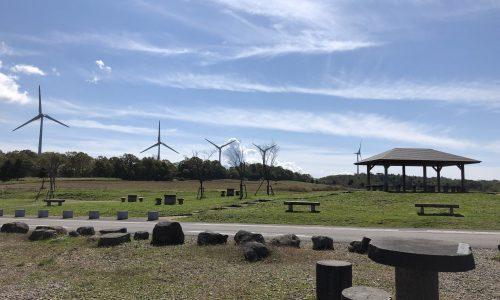 風力発電のある丘。布引高原に行ってきた。